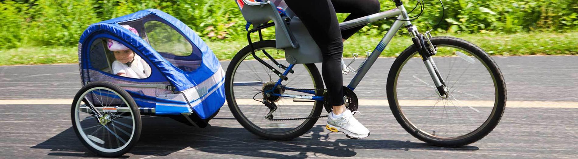 Спортувайте с детски летни колички за джогинг, за теглене, за ски, туристически раници за бебета, столчета за велосипеди