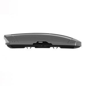 Автобоксът Thule Motion XT XXL Titan сив гланц е много голям багажник с обем 610 литра и размери 232 x 95 x 47 см за автомобил, кола за багаж ски сноуборд