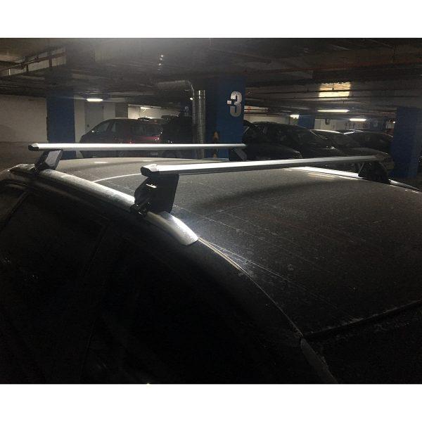Напречни греди Green Valley са с ширина подходящи за автомобили с интегрирани фабрични надлъжни греди рейлинги прилепнали към покрива без просвет