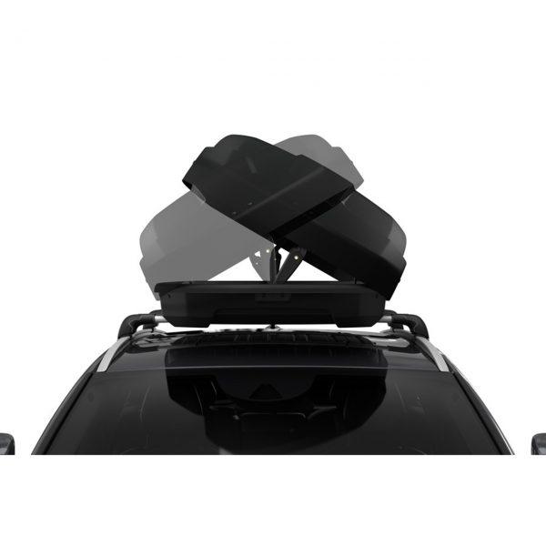 Автобоксът Thule Force XT S черен мат е компактен и голям багажник с обем 300 литра и размери 139 x 90 x 39 см за автомобил, кола за багаж ски сноуборд