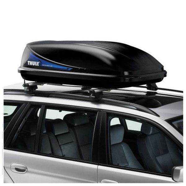 Автобоксът Thule Ocean 80 е компактна, стилна и модерна кутия за багаж в черен мат, с капацитет от 320 литра много място за съхранение дизайн и аеродинамика