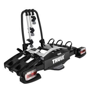 Вело багажник Thule VeloCompact 3 927 е здрав, сигурен, стабилен, масивен и лесен за използване багажник за теглич с пълно заключване, сгъваем, компактен и удобен за пренасяне.