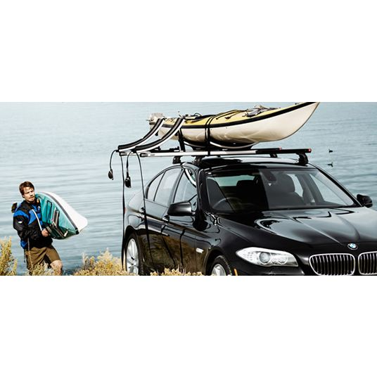 Багажник за Каяк Thule K-Guard 840 е лесен за използване и сигурен с пълно заключване и накланящ се нов модел за големи и малки каяци