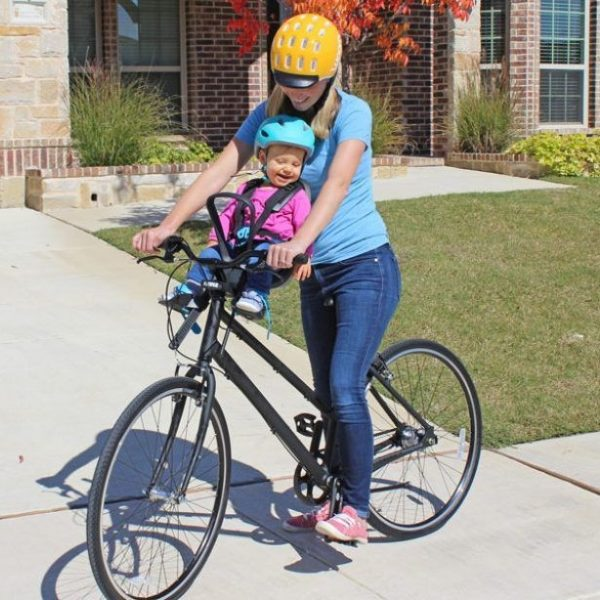 Детско Столче за Велосипед Thule Yepp Nexxt Mini с монтаж отпред на колелото на кормилото е безопасен и удобен начин за леко и приятно пътуване заедно.