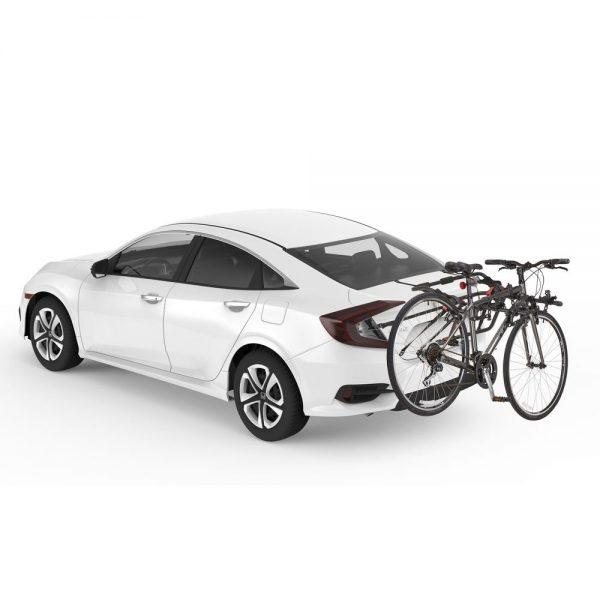 Вело багажник за три колела Yakima HangOut 3 e лесен за монтаж багажници за велосипеди с монтаж на багажната врата посредством колани с модерен и хубав дизайн в черен цвят