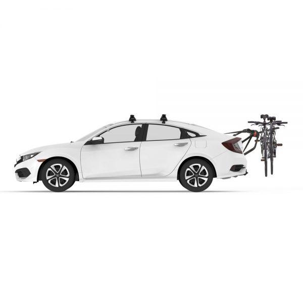 Вело багажник за две колела Yakima HangOut 2 e лесен за монтаж багажници за велосипеди с монтаж на багажната врата посредством колани с модерен и хубав дизайн в черен цвят